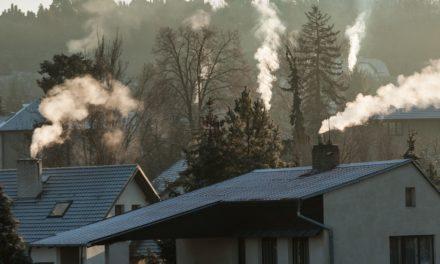 Snižování emisí musí v Česku zrychlit