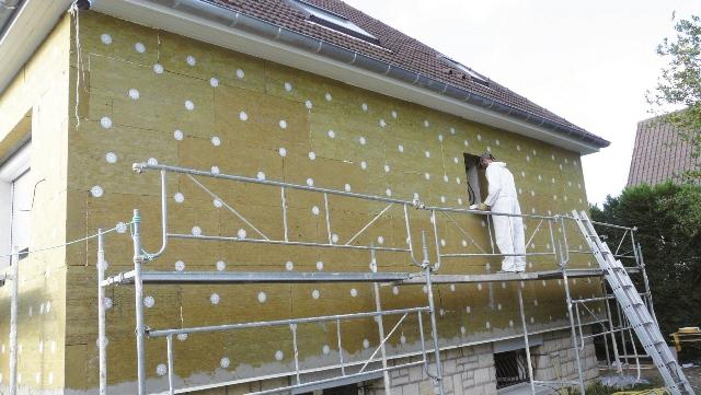 Nejen novostavby šetří energii, i se starým domem můžete mít úspory!