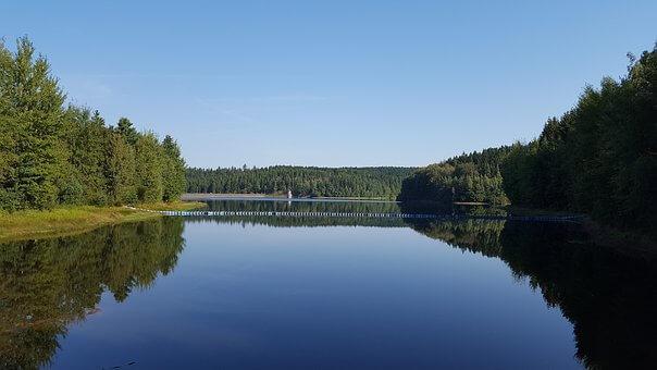 Umělé kanály a náhony v českém vodním hospodářství