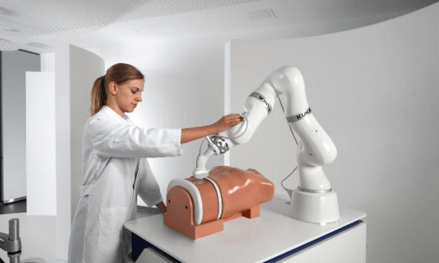 Roboty jsou nepostradatelným partnerem člověka ve výrobě i službách