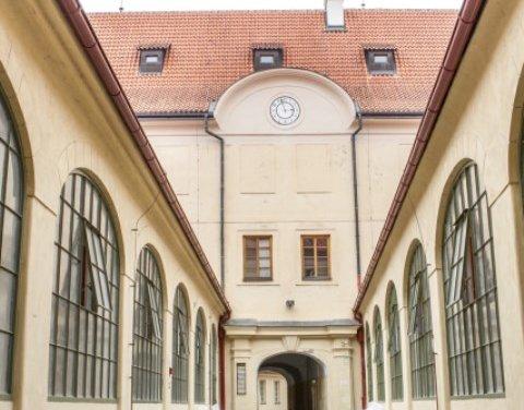 Zelené investice pokračují i během COVID. V Anenském areálu Národního divadla se bude topit ekologičtěji