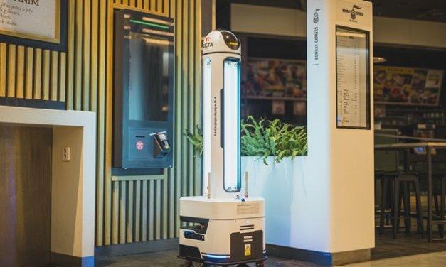 Westfield Chodov jako první centrum v Česku testuje k dezinfekci prostor autonomního UV robota