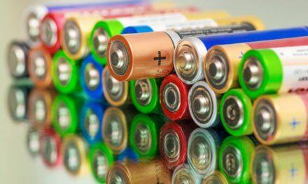 V Česku se k recyklaci vysbírá skoro polovina baterií. V přírodě by se rozkládaly až půl tisíciletí