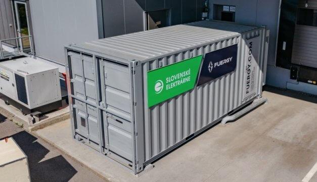 FUERGY a Slovenské elektrárne startují zelenou obnovu: Fotovoltaika s úložištěm k pronájmu