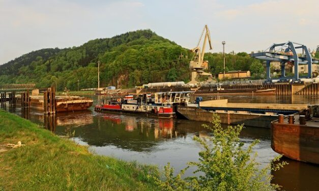 Vláda o realizaci vodního koridoru nerozhodla, vznikne teprve studie vlivu na životní prostředí