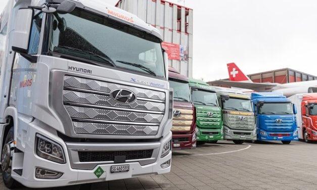 Hyundai Motor expanduje na globální trh užitkových automobilů předáním prvních nákladních vozidel XCIENT Fuel Cell evropským zákazníkům