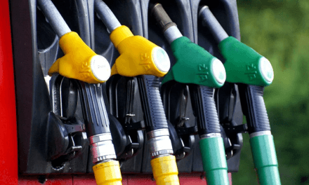 Čerpací stanice budou uvádět srovnání nákladů různých typů paliv. Jak to bude v praxi vypadat?