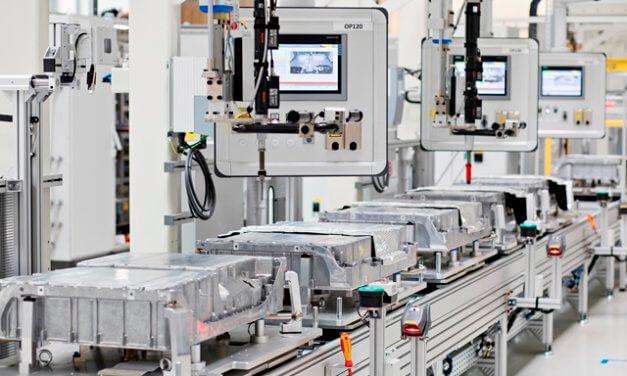 ŠKODA AUTO vyrobila stotisící baterii pro plug-inhybridní modely
