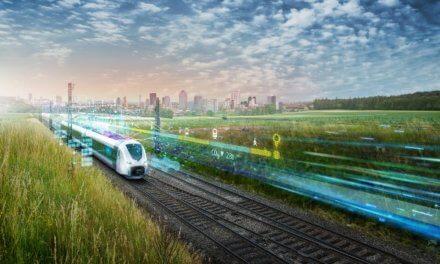 Při úplné elektrifikaci dopravy a převedení silných a pravidelných přeprav ze silnice na železnici lze snížit v ČR celkovou konečnou spotřebu energie v dopravě o 70 procent