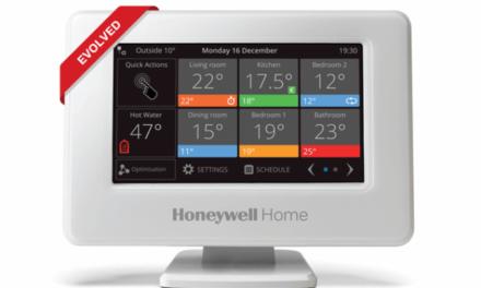 Evohome, systém chytré regulace vytápění Honeywell Home, je zase o něco chytřejší