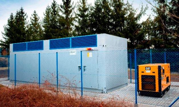 Řízení výroby autobusů v novém závodu zajistila dvojice mobilních datových center ve speciálních kontejnerech