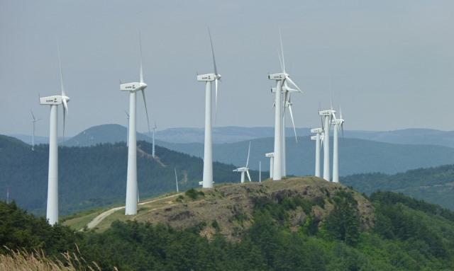 2021: desetkrát výkonnější větrné elektrárny než před 16 lety