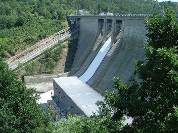 Opravy vodní elektrárny Orlík jsou u konce, do služby se vrátí poslední ze čtyř bloků