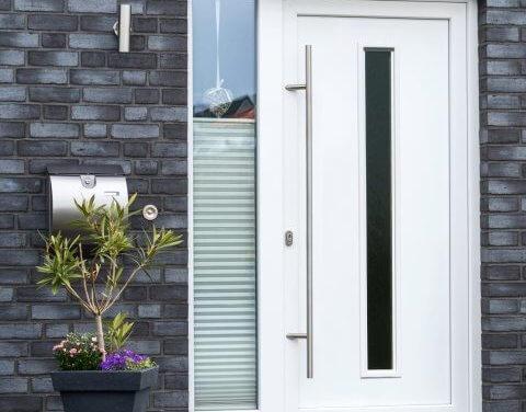 Pečujete o své dveře? 5 rad, aby vám dlouho a dobře sloužily!