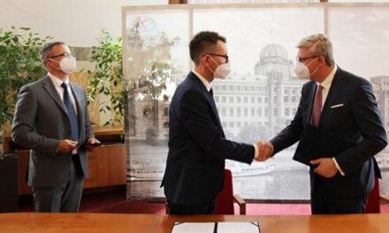 MPO uzavřelo dohodu o energetických úsporách s firmou Signify