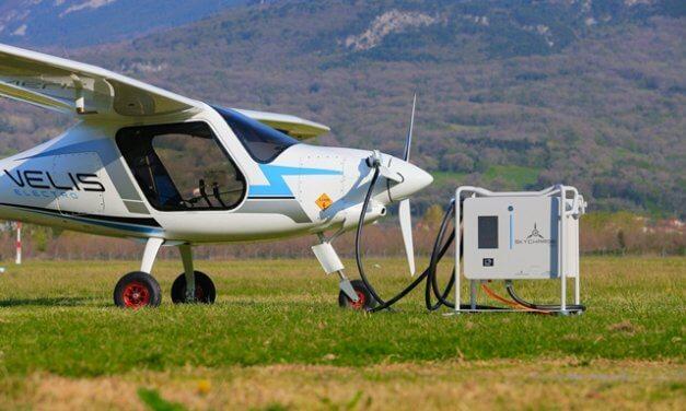 SKYCHARGE se stal první nabíjecí stanicí pro elektrická letadla s certifikací EASA